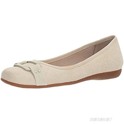 Trotters Women's Sizzle Ballet Flat Off White 6.0 N US